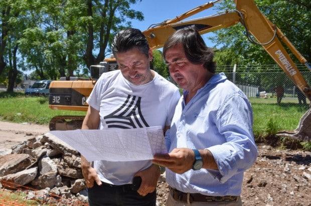 El intendente de Merlo recorrió obras hídricas