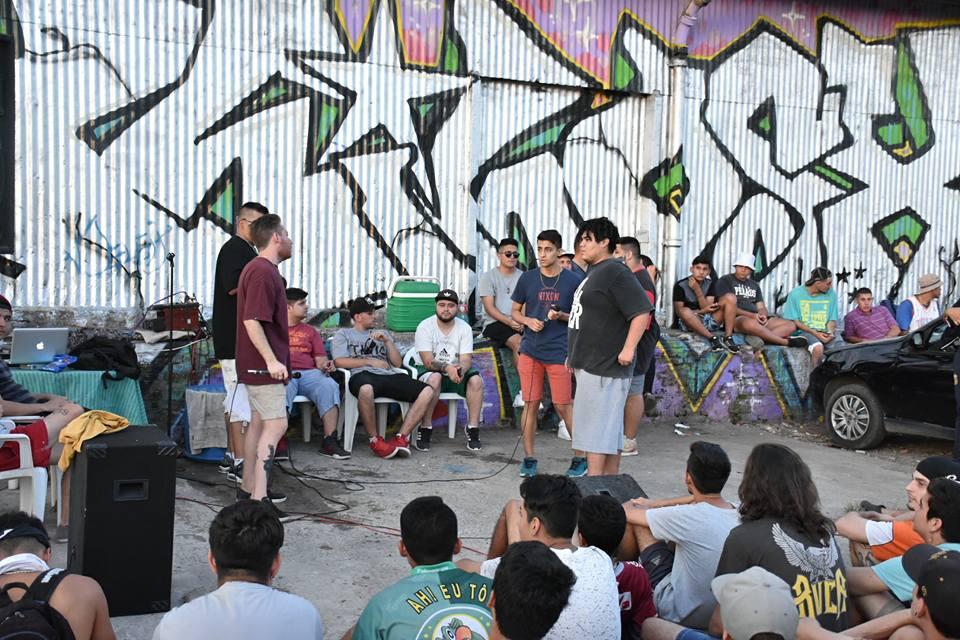 Actividades culturales en La Carbonera: Basquet y Hip Hop al aire libre