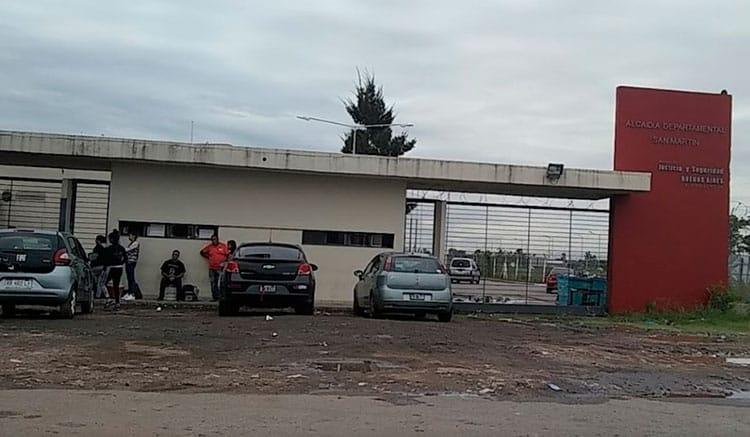 Tres presos escaparon de la alcaidía de San Martín limando los barrotes