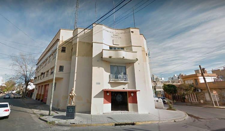 Ahogados por las deudas, los Bomberos de La Matanza venden el cuartel de Ramos Mejía