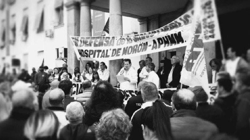 Médicos marcharon contra el vaciamiento del hospital de Morón