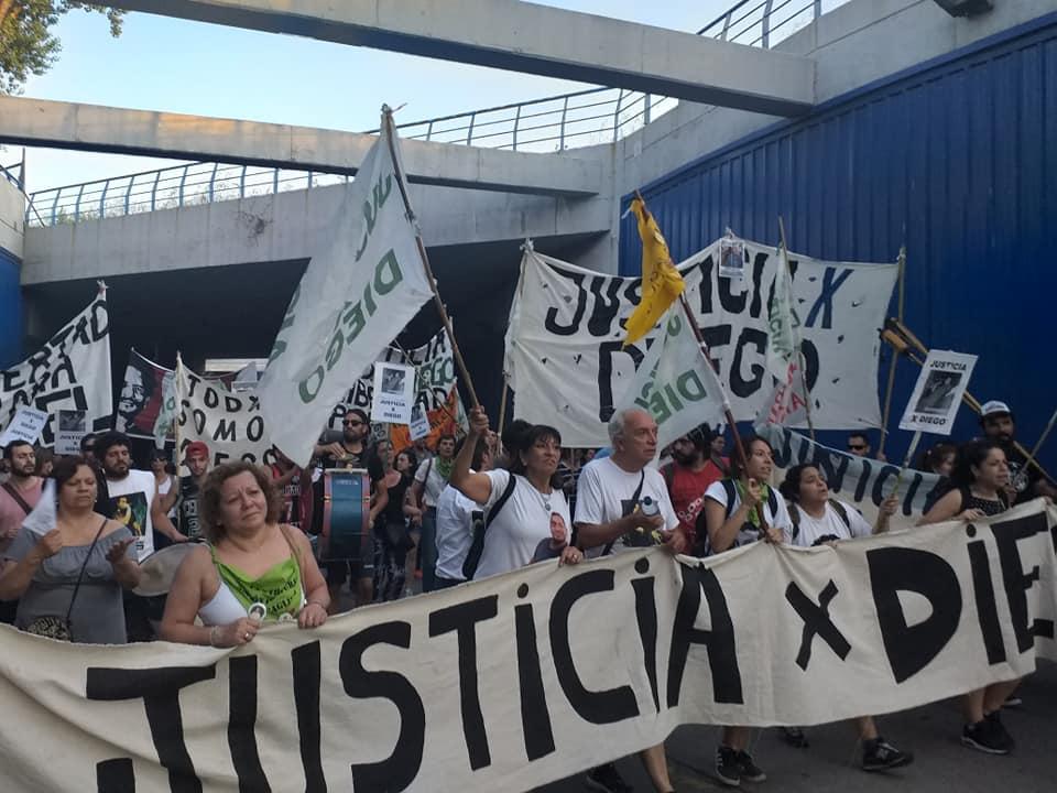 Marcha a los seis meses del crimen de Diego Cagliero