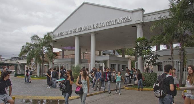 UNLaM: Denuncia y protesta estudiantil por despidos en la carrera de Arquitectura