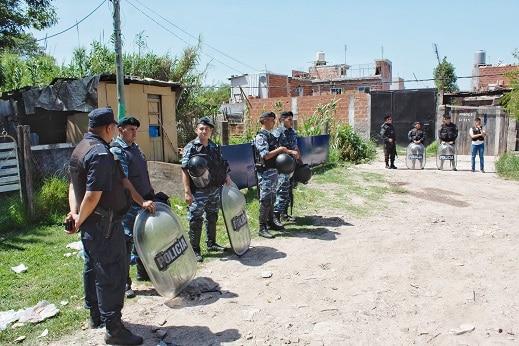 Hurlingham: La Bonaerense detuvo a 13 personas en 14 allanamientos antidrogas