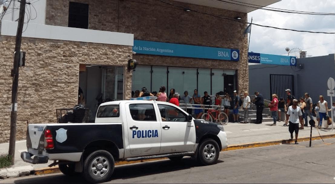 Trágico asalto en el Banco Nación de Isidro Casanova: mataron a un cajero