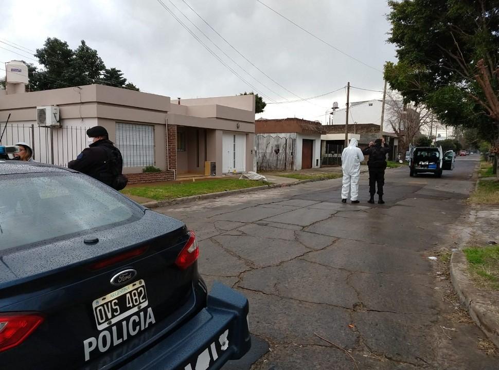 Balacera en Castelar termina con un ladrón y un policía heridos