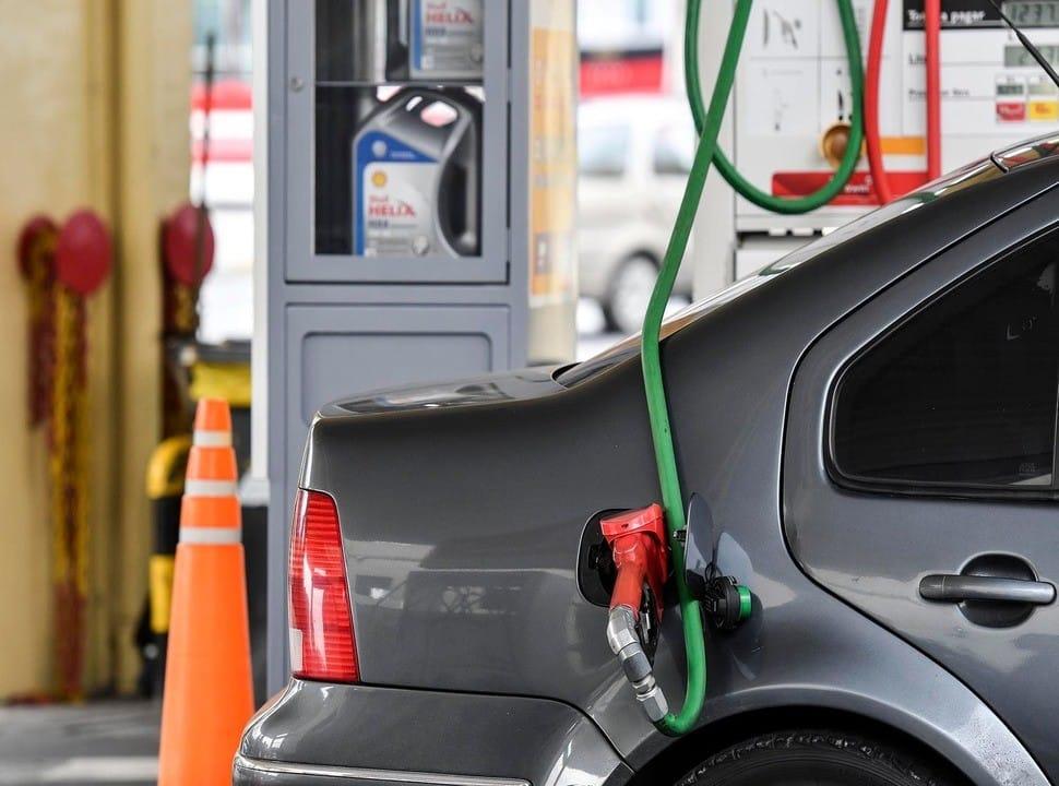 Morón: dan marcha atrás con el impuesto a los combustibles