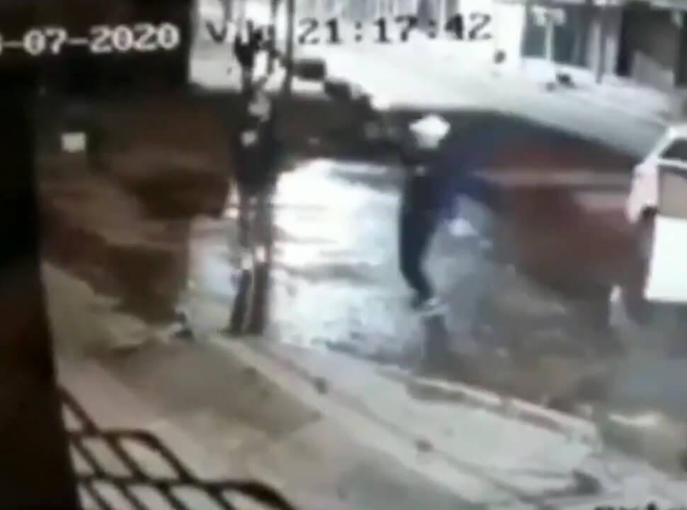 Raid delictivo en Laferrere: les robaron, entregaron sus cosas pero les dispararon igual