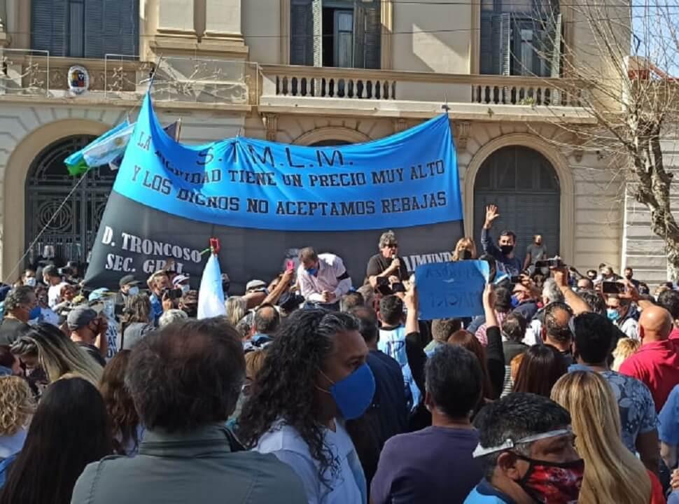 """Paro """"histórico"""" de los municipales de La Matanza por """"salarios de indigencia"""""""