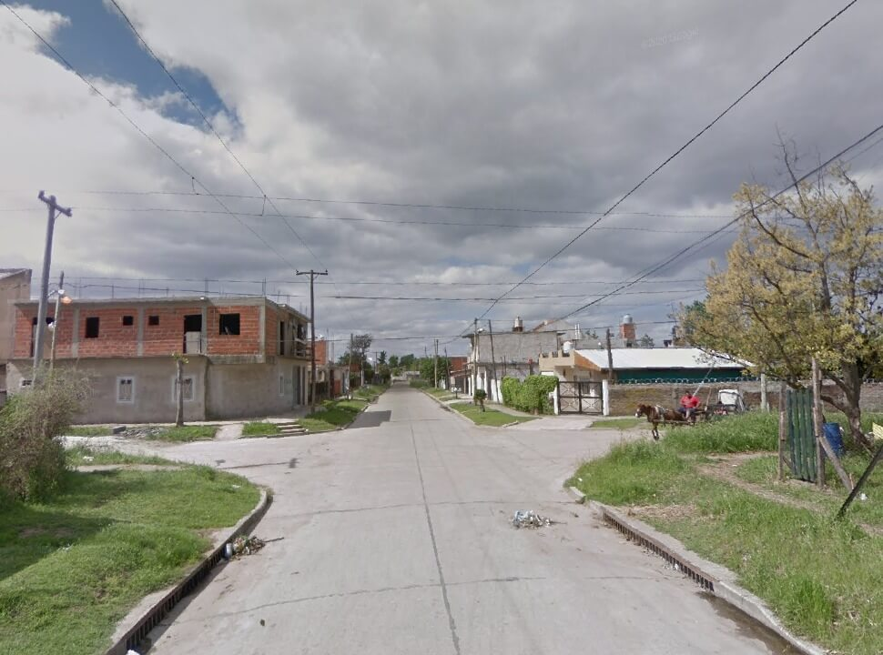 Gregorio de Laferrere: Balean a un hombre para robarle el auto, escapan y son detenidos por vecinos
