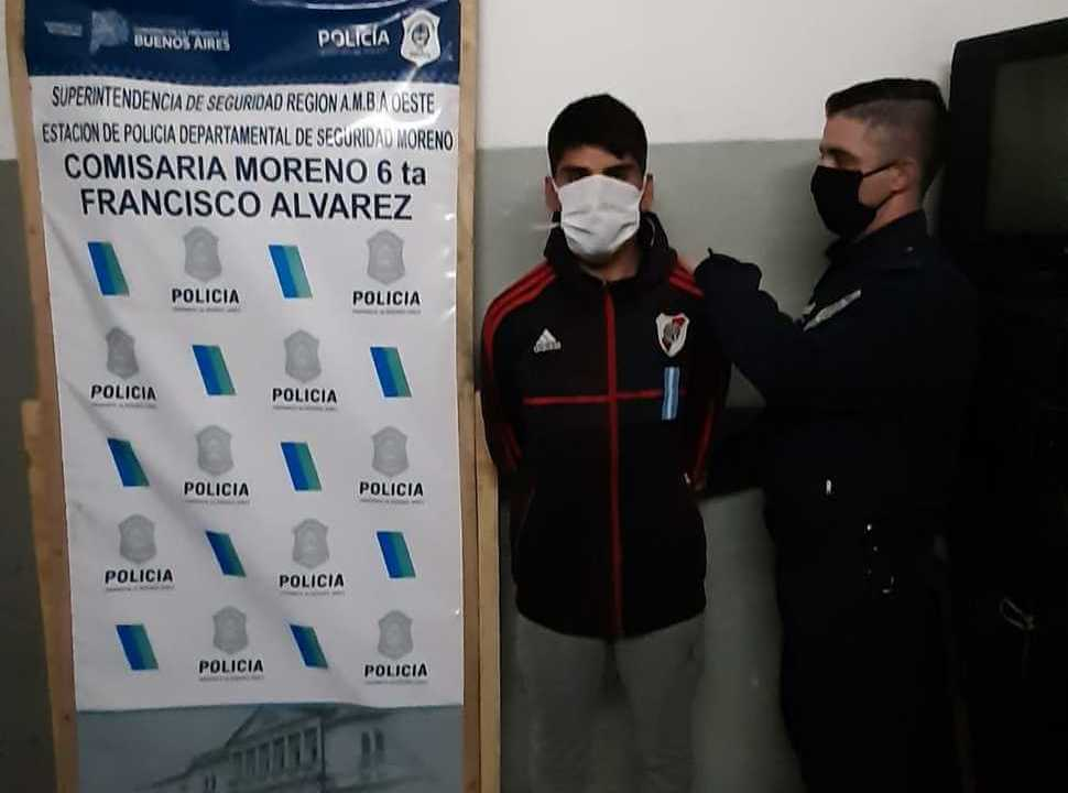Detienen a tres delincuentes en Francisco Álvarez que atacaron a balazos a la policía