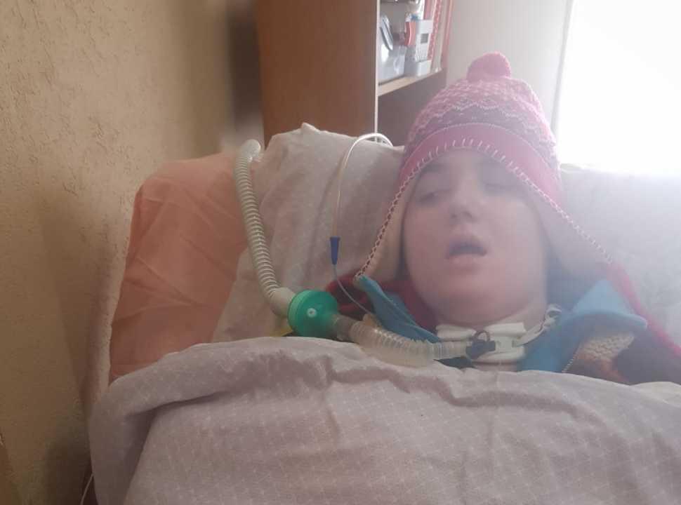 Docente de Ramos Mejía denuncia que IOMA no le paga a los enfermeros de su hija oxígeno dependiente