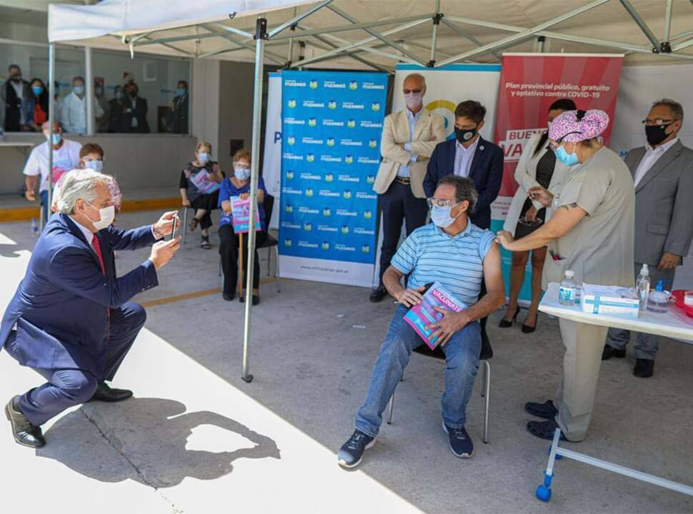 Alberto Fernández visitó el Hospital de Ituzaingó y lanzó duras críticas a la oposición