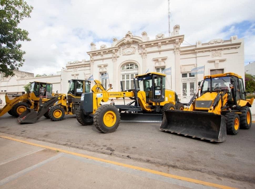 Moreno renueva maquinaria para obras con $ 15 millones del Tesoro nacional