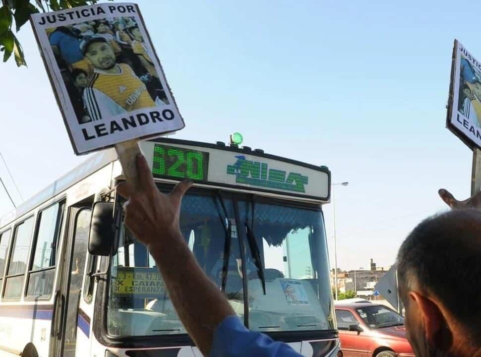 Prisión perpetua para uno de los acusados del crimen de Leandro Alcaraz, el colectivero asesinado en Virrey del Pino