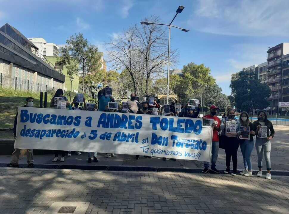 A un mes de la desaparición del jubilado de Villa Ballester, su familia marchó a la municipalidad de San Martín