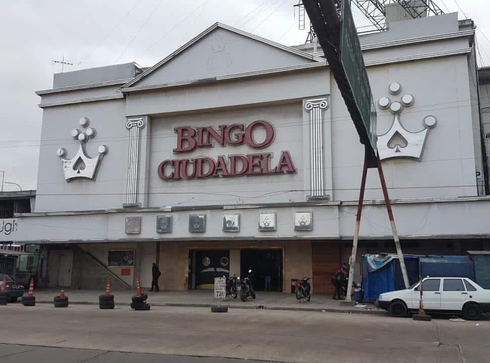 Crisis de los Bingos: trabajadores de salas marchan a Ciudadela por recortes y salarios adeudados