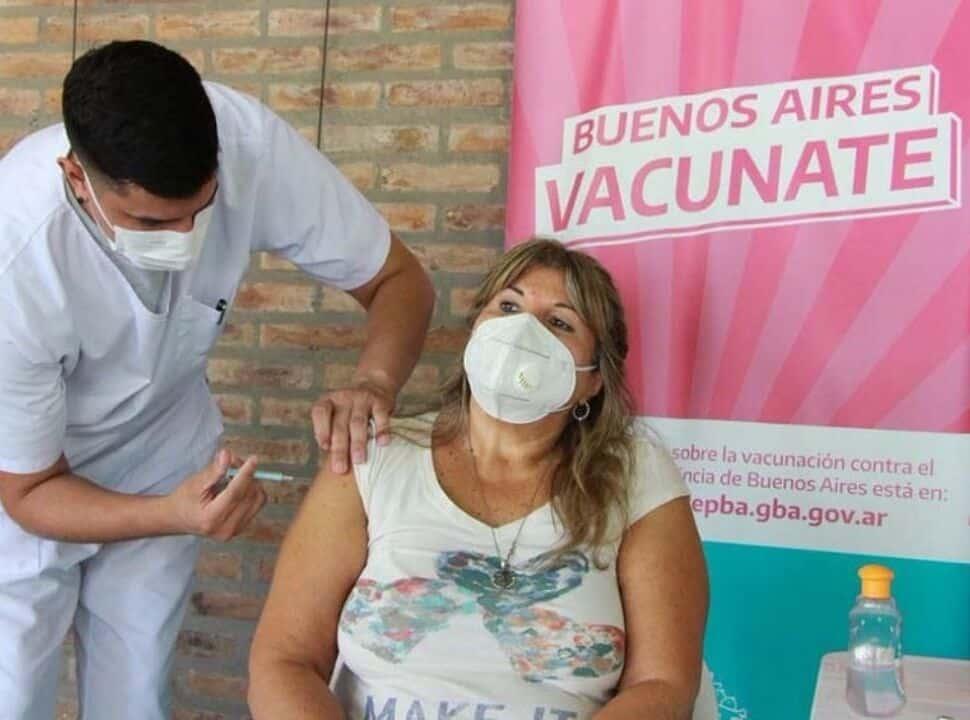 Covid-19: Dónde pueden vacunarse sin turno los mayores de 55 en La Matanza