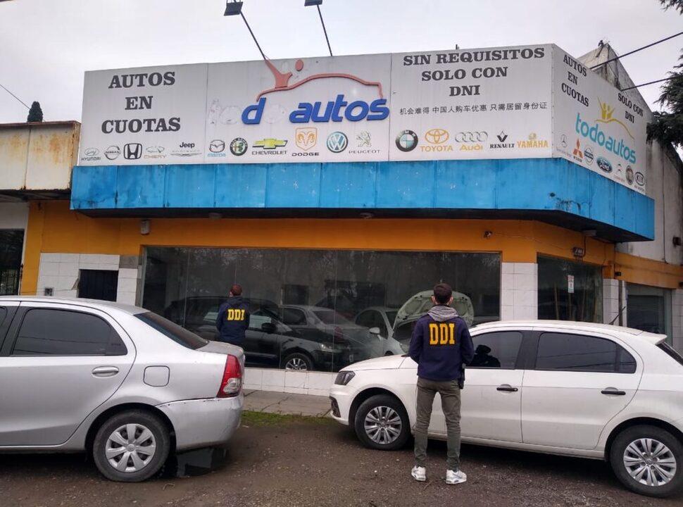 Moreno: cayó una banda que robaba autos de alta gama y los vendía en una concesionaria trucha y en Market Place