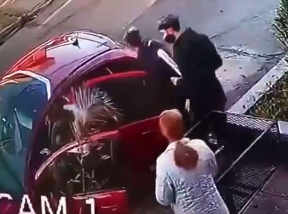 VIDEO | San Justo: indignante robo Piraña a una vecina de 68 años